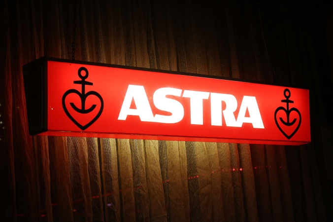 Neon Astra sign in the window of an Eckkneipe, St. Pauli