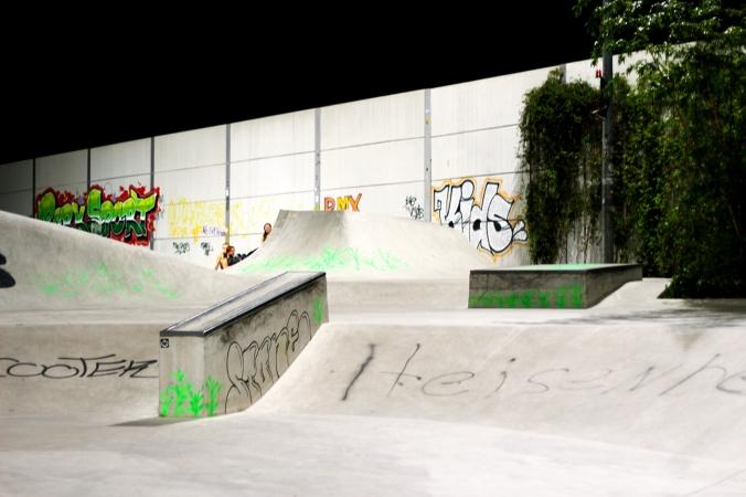 A skatepark for people to skateboard in, Wilhelmsburg